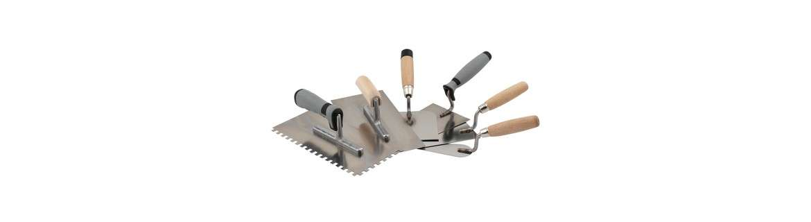 Trowels, spatulas and scrapers