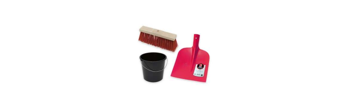 Brooms, shovels and tubs
